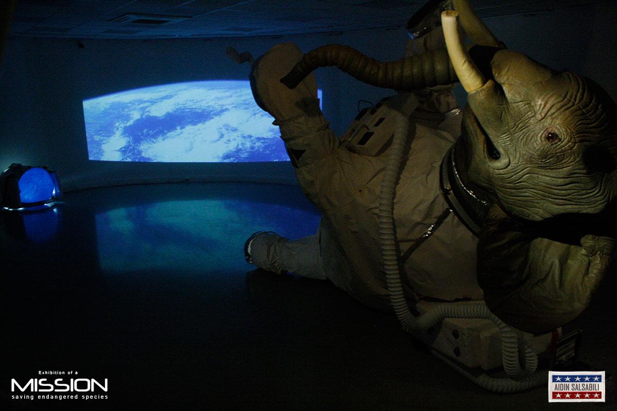 elephant astronaut - photo #13